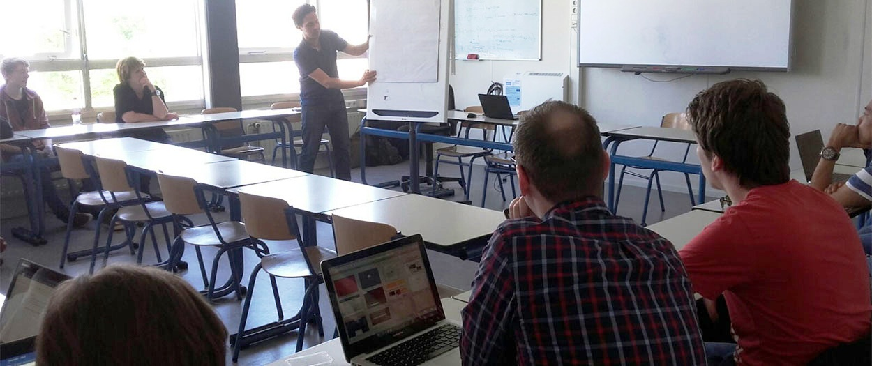 Course Online Distribution Digital Media & Communication